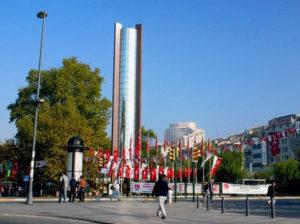 Beşiktaş Su Tesisatçısı Meydanı